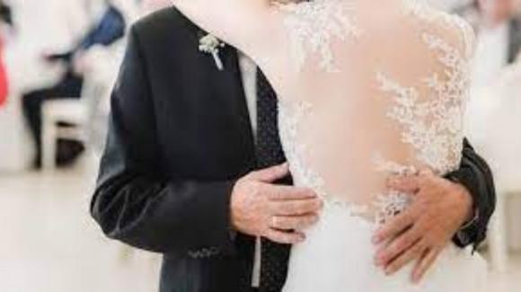 Tragedia nel Salernitano: padre della sposa muore mentre balla con la figlia al matrimonio