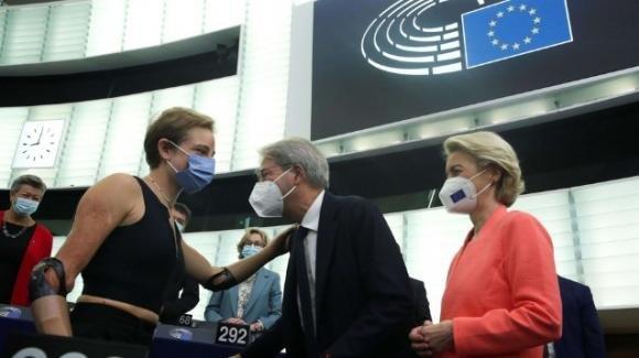 Bebe Vio ospite d'onore al Parlamento europeo al cospetto di Ursula von der Leyen