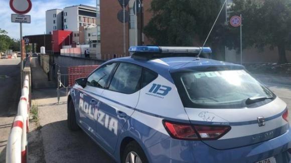 Bari, omicidio al Carrassi: trovata morta con segni di diverse coltellate