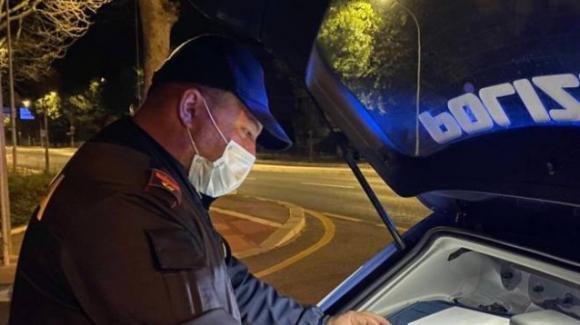 Trans picchiata a Pisa: caccia all'aggressore