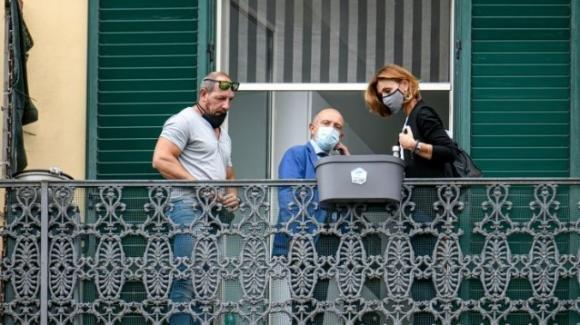 Napoli, bimbo muore dopo essere caduto dal balcone: si indaga per omicidio