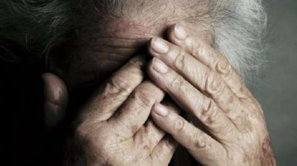 Tentato femminicidio a Livraga: grave una 81enne accoltellata dal marito