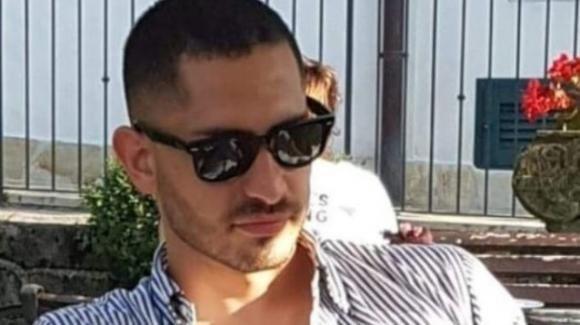 Incidente mortale a Arpino: Nicolas si schianta con la sua auto e perde la vita a 29 anni