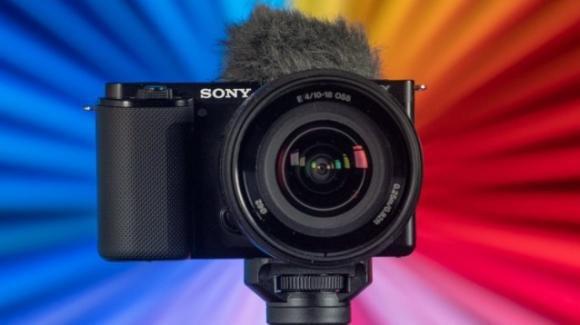 Sony estende la commercializzazione della nuova mirrorless ZV-E10 per vloggers