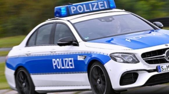 Germania, uccide il cassiere che chiede di indossare la mascherina: arrestato