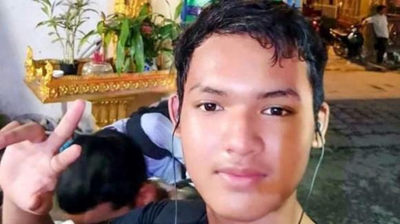 Cambogia, 16enne autistico invia messaggi contro il governo: arrestato