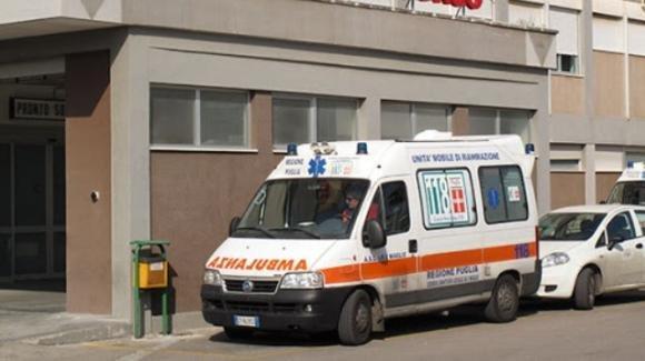 Lecce, operaio muore travolto dal crollo di una struttura: lascia un figlio neonato