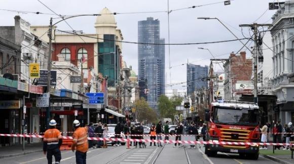Australia, terremoto a Melbourne di magnitudo 5.8: edifici danneggiati