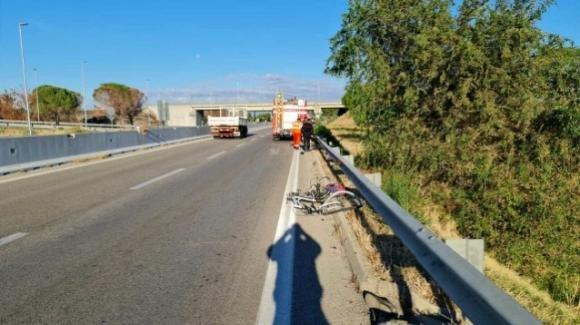 Foggia, auto pirata investe e uccide un ciclista