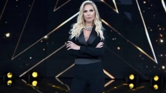 Star in the Star chiude in anticipo? A rischio Ilary Blasi e il retroscena su Berlusconi