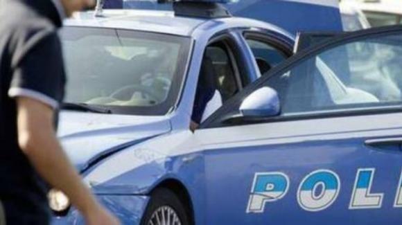Cremona, uccide la madre a coltellate e poi fugge: ricercato