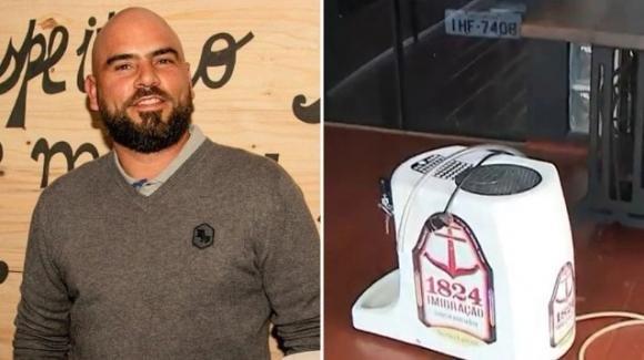 Esplode un fusto di birra mentre festeggia il compleanno: 453nne muore sul colpo