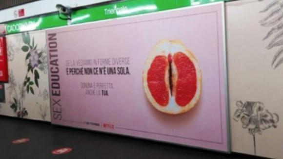 Milano, scandalo per la nuova campagna pubblicitaria di Sex Education
