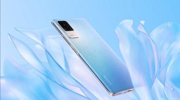 Xiaomi Civi: ufficiale lo smartphone elegante con 5G per gli accaniti selfiesti