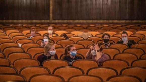 Stadi, cinema e teatri: il parere del Comitato tecnico scientifico sulle riaperture