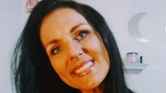Mamma muore sbranata viva: aveva provato ad allontanare il cane dalle sue bambine