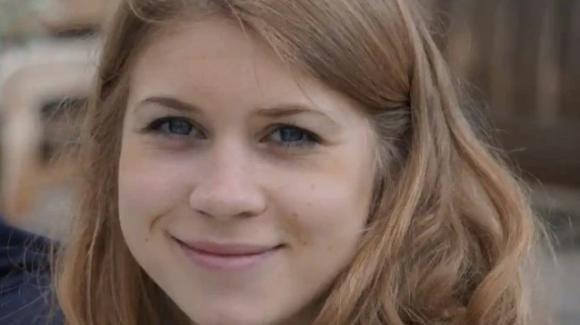 Omicidio Sarah Everard: condannato all'ergastolo il poliziotto che l'ha uccisa