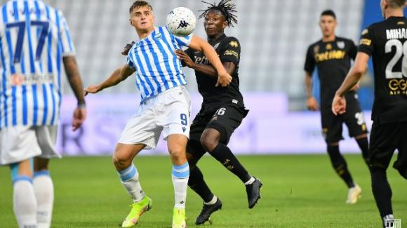 Serie B, Spal-Parma 2-2: i crociati buttano la vittoria al 90′