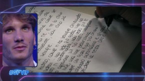 """GF Vip, Manuel Bortuzzo riceve la lettera dalla sua ex: """"Ritorna a essere te stesso"""""""