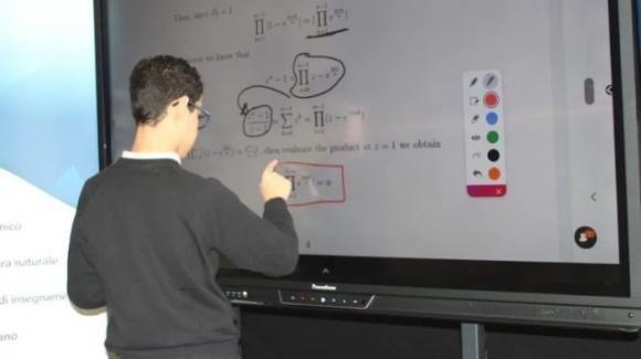 "Lorenzo, a 14 anni già all'università: ""L'intelligenza artificiale sostituirà l'uomo"""
