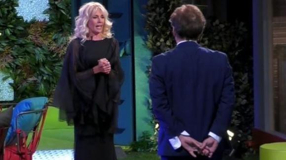 """GF Vip, faccia a faccia tra Amedeo Goria e Maria Teresa Ruta: """"Ti amo ancora a modo mio"""""""