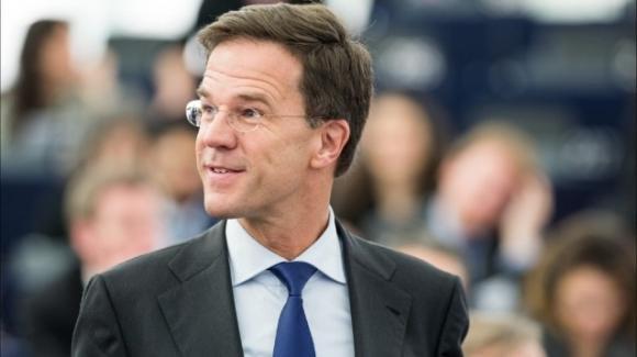 """Olanda, il premier Mark Rutte: """"L'erede al trono può sposare una persona dello stesso sesso"""""""