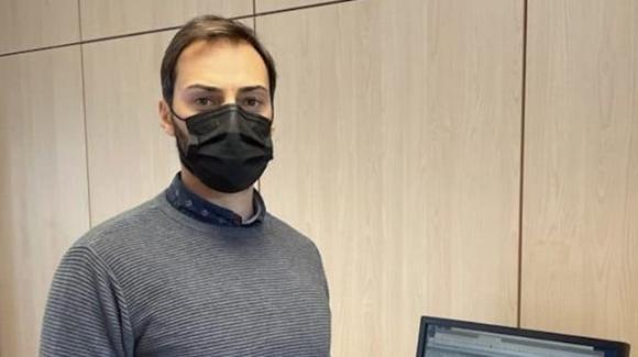 Francesco prenota 1 tampone ogni 2 giorni e non fa il vaccino: gli danno del matto