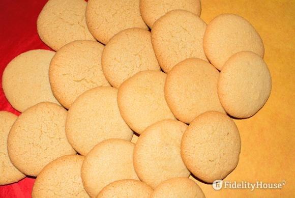 Biscotti spumosi alle mandorle
