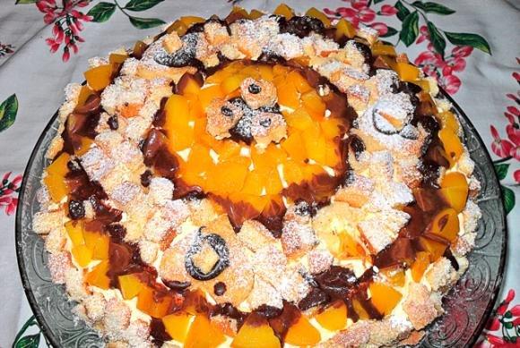 Torta mimosa con pesche e cioccolato