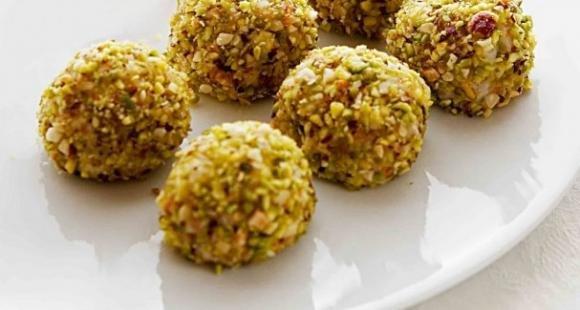 Polpette di manzo e pistacchi al forno