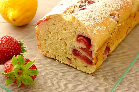 Plumcake light alle fragole e limone
