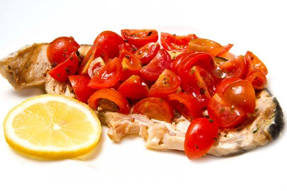 Pesce spada al forno con pomodoro