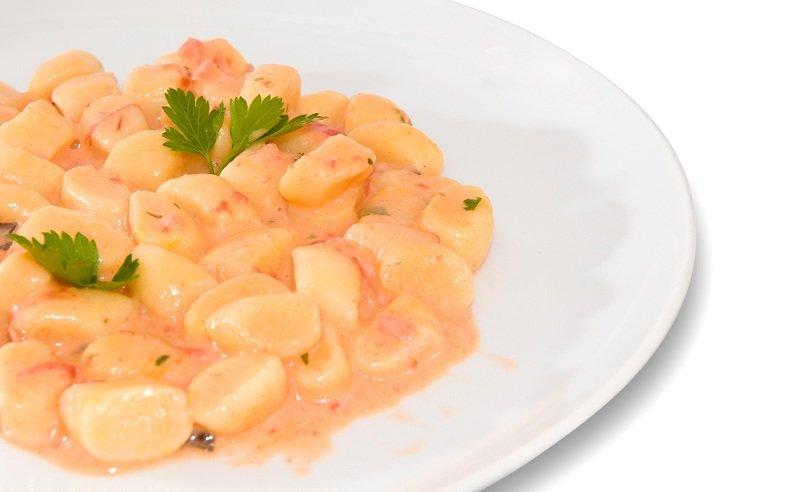 Ricetta Gnocchi Ripieni Di Salmone.Ricetta Gnocchi Al Salmone Fidelity Cucina