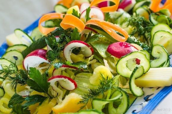 Insalata con ravanelli e peperoni