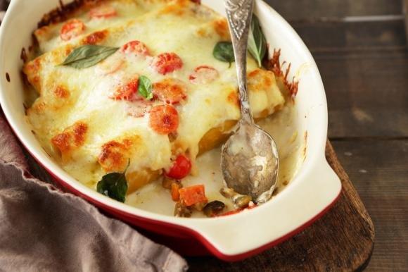 Cannelloni ripieni di verdure e gorgonzola