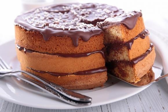 Naked cake alla Nutella