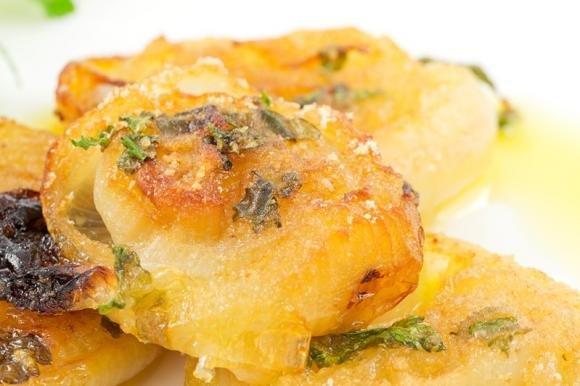 Cipolle gratinate al parmigiano