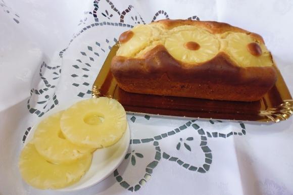 Plumcake all'ananas