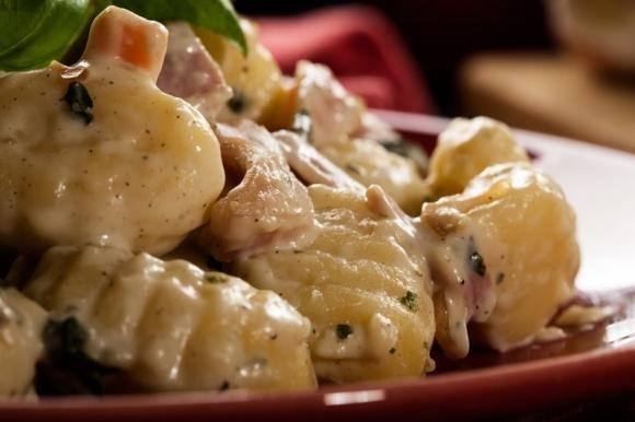 Gnocchi prosciutto e gorgonzola
