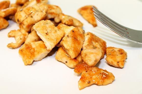 Pollo alle erbe aromatiche con salsa di soia