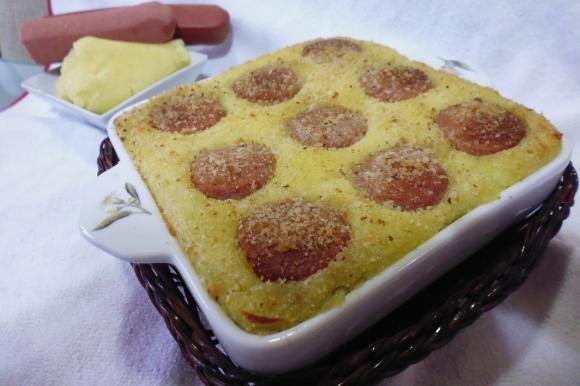 Tortino di wurstel e patate