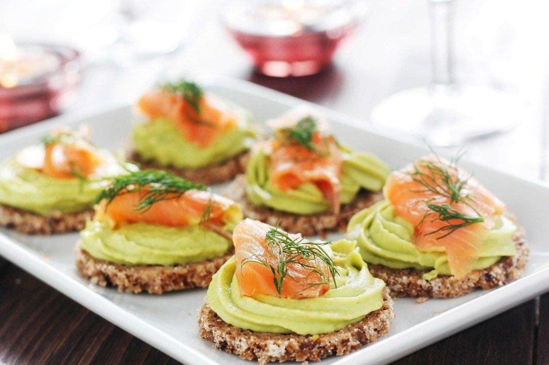 Ricetta Guacamole E Salmone.Tartine Con Salmone E Crema Di Avocado Fidelity Cucina