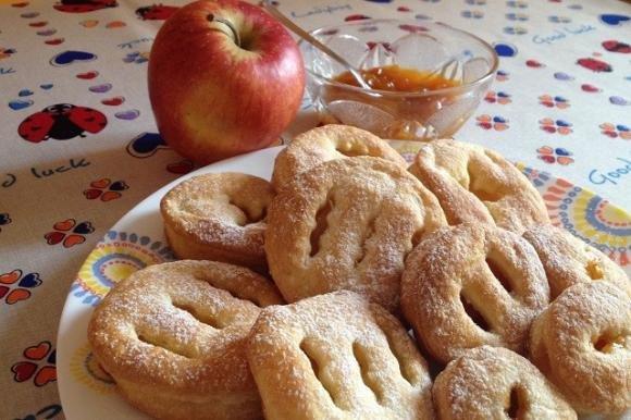 Fagottini di mela con marmellata