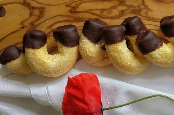 Biscotti fortunelli con cioccolato