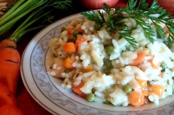 Risotto con piselli e carote