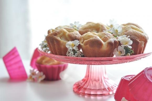 Muffin soffici allo yogurt con pere