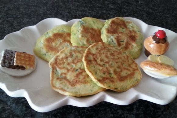 Pancake salati con zucchine