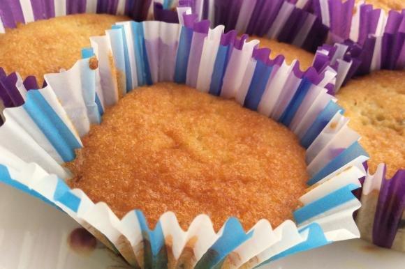 Muffin alla banana con gocce di cioccolato
