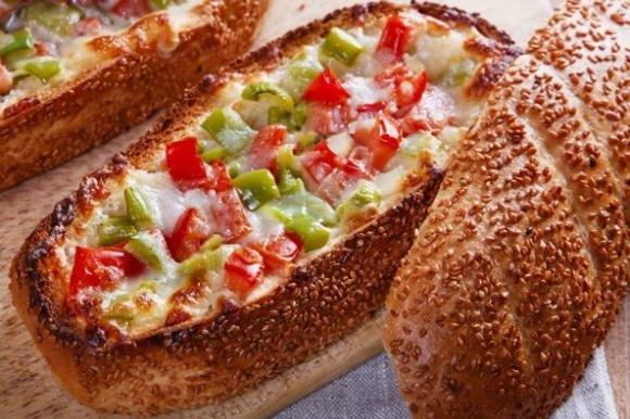 Barchette di pane filanti