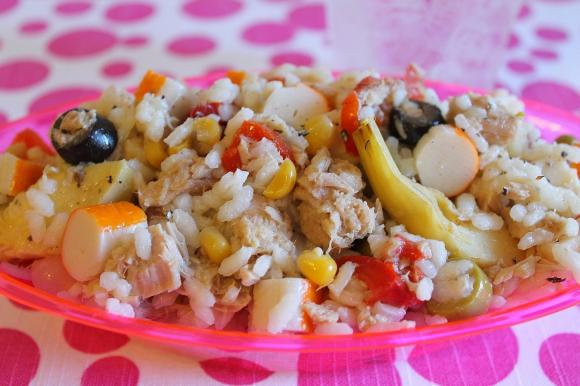 Insalata di riso light con tonno e surimi
